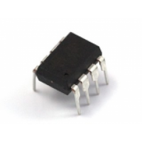 LM393P Comparator